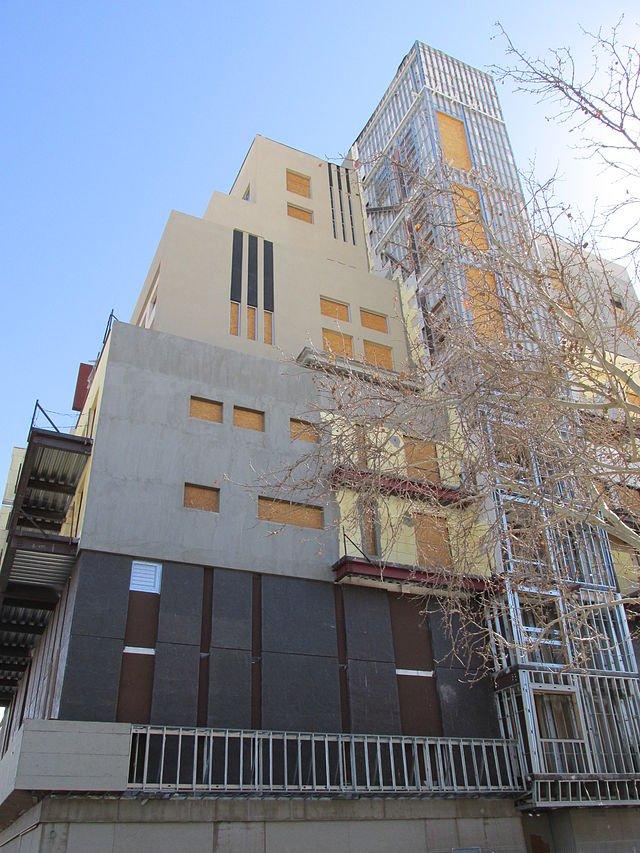 Anasazi_Downtown_under_construction,_Albuquerque_NM