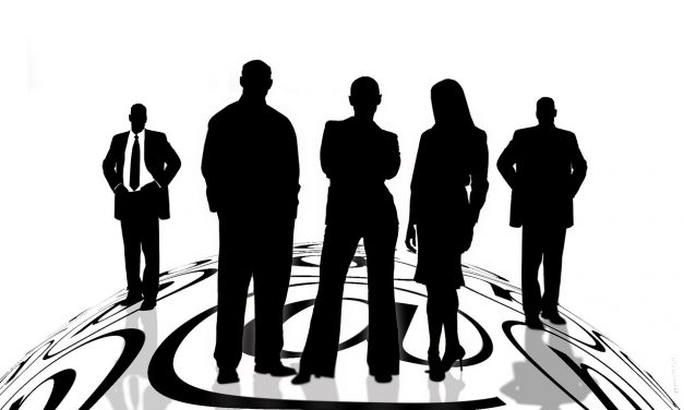 Real estate licensees required to provide contact information