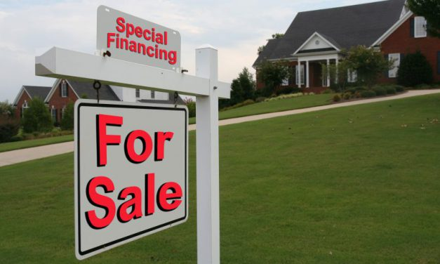 Low mortgage rates keep home sales high — for now