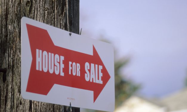 Brokerage Reminder: Real estate sign placement – it does matter
