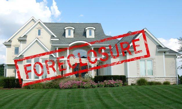 Foreclosures fall in California