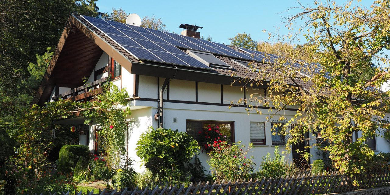 Solar energy: Net metering at retail rates